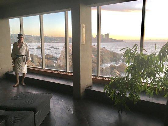 Radisson Acqua Hotel & Spa Concon: photo1.jpg