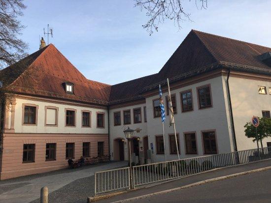 Klosterbrauhaus Vom Parkplatz Aus Picture Of Klosterbrauhaus Ursberg Tripadvisor