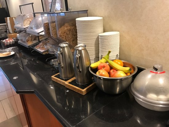 San Mateo, CA: Variety of choices for Breakfast