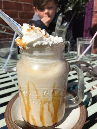 Aubergine Cafe: photo0.jpg