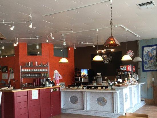 Eureka, MT: Reception and cashier area