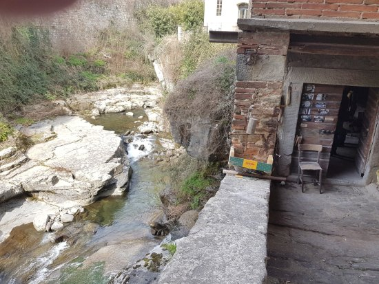 Loro Ciuffenna, Italia: L'entrata