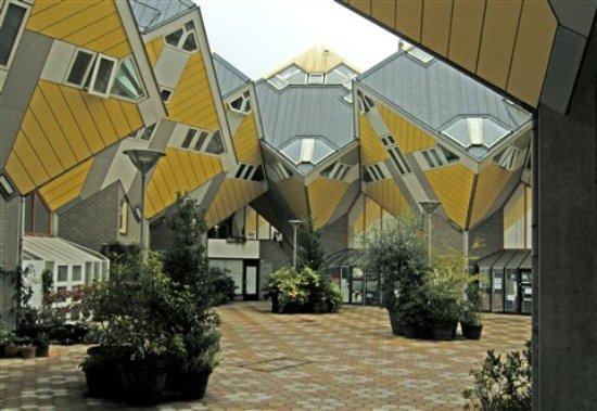 Kijk-Kubus (Show-Cube): Cube Houses, Rotterdam,Holland