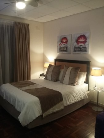 Cape Diamond Hotel : Chambre