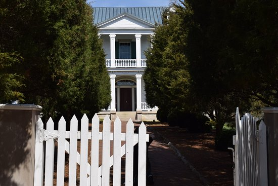 Franklin, TN: The stately original entrance to the home.