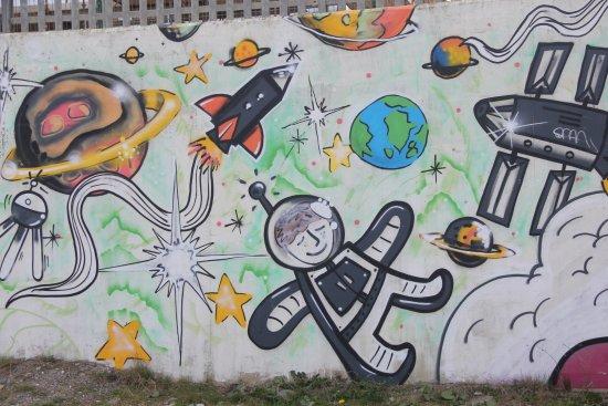 Bray, Ierland: Graffiti on the Greystone Marina Seawall