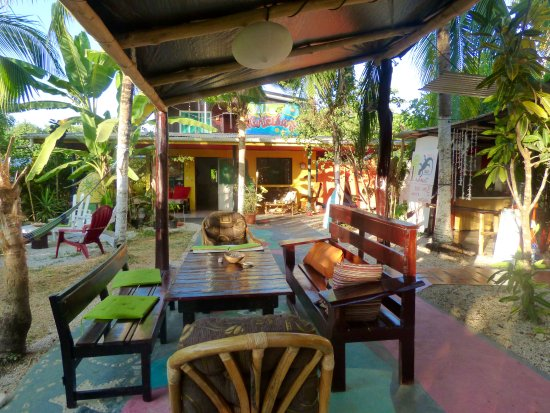 Cabinas Villa Kunterbunt : Come to relax in a quiet and colorful place