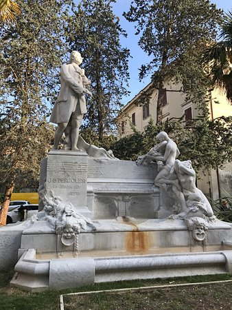 Monumento a Giovanni Battista Pergolesi : photo0.jpg