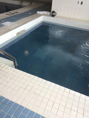 Sandman Hotel & Suites, Calgary Airport: photo3.jpg