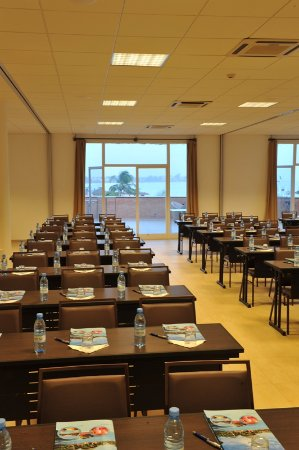 Lamantin beach resort spa hotel senegal mbour prezzi for Lamantin materassi prezzo