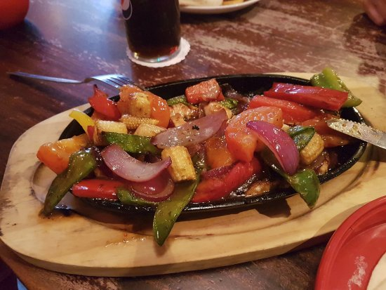 ZAKS Mousehold Diner: Lime and tequila glazed fajitas!