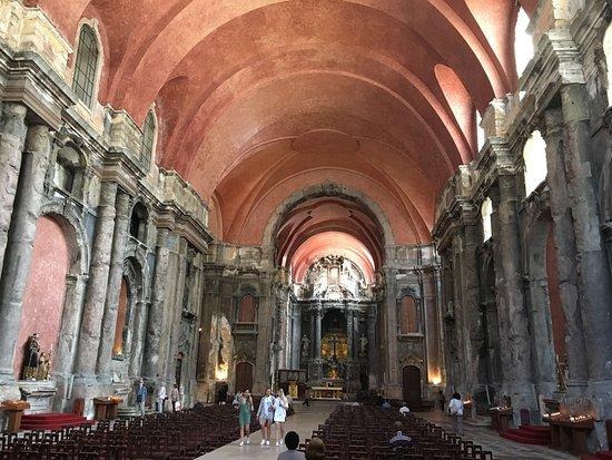 Photo of Tourist Attraction Igreja de São Domingos ( Santa Justa e Rufina ) at Largo São Domingos, Lisbon 1150-320, Portugal