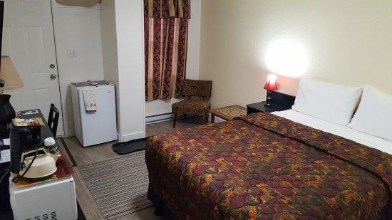 Creston, Kanada: queen bed unit