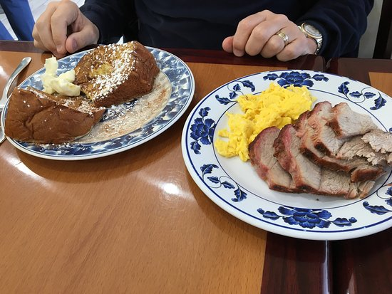 Culver City, CA: Mixed plate with Portuguese sausage and kalua pork, Kalua pork omelette, Hawaiian french toast s