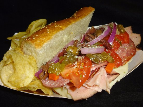 De Pere, Ουισκόνσιν: Godfather sub - (Small version) served at the Downtown GB Farmer's Market on Wednesdays.