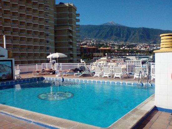 Solarium picture of hotel tenerife ving puerto de la cruz tripadvisor - Hotel ving puerto de la cruz ...