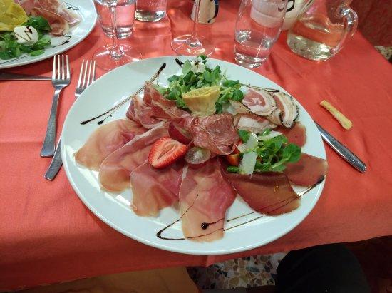 Omegna, Italy: IMG_20170415_193001_large.jpg