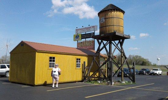 Saint Robert, MO: Uranus Fudge Factory