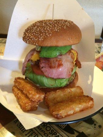 Toride, Japón: これぞアメリカンバーガー