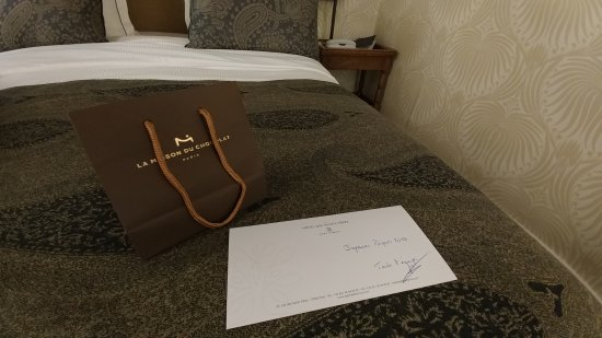 Hotel des Saints-Peres - Esprit de France: 20170415_195717_large.jpg