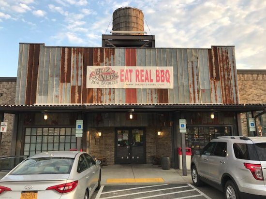 Buz and Ned's Real Barbecue: photo0.jpg
