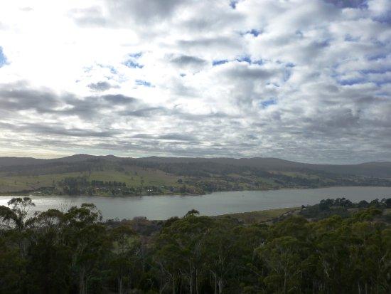 Rosevears, Australie : Looking east