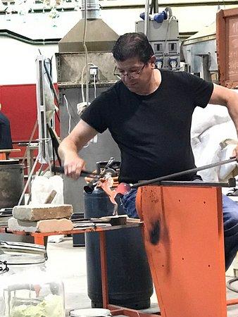 Nuova Venier Glassworks : photo2.jpg