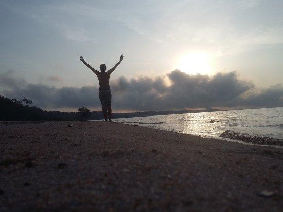 Praia do Tupé : belíssimo nascer do sol