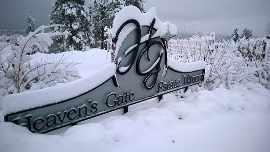 Summerland, Canada: Beautiful winters at Heaven's Gate Winery