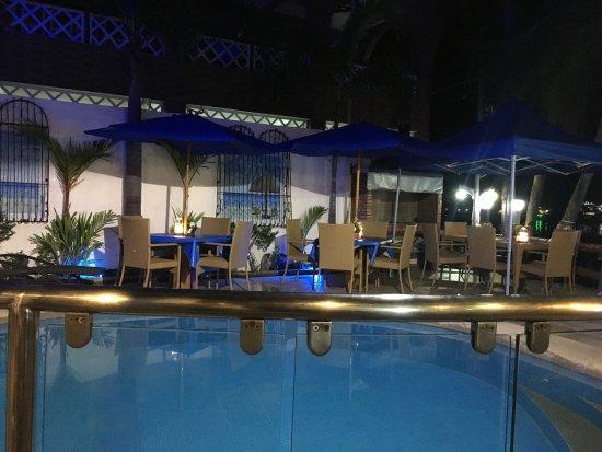 Montani restaurant: photo1.jpg