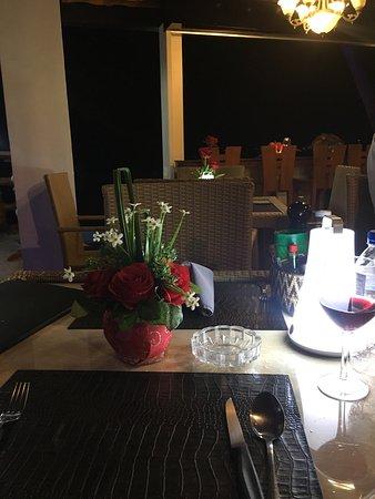 Montani restaurant: photo2.jpg