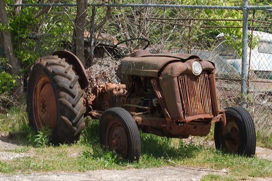White, GA: tractor out front