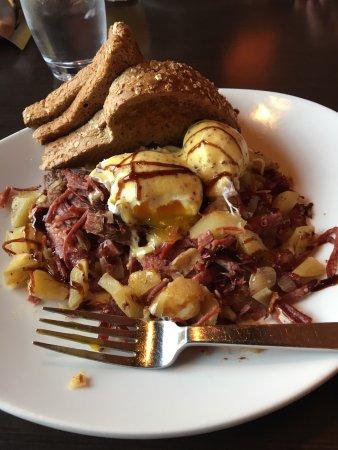 Kil@Wat: Corned Beef and Hash, Amazing!