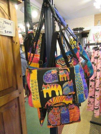Smoky Mountain Cat House : Kitty bags