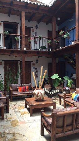 Docecuartos Hotel: Patio