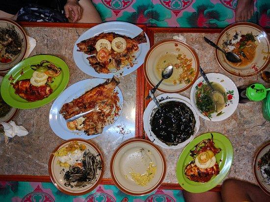 Donggala, Indonezja: IMG_20170402_200449_large.jpg