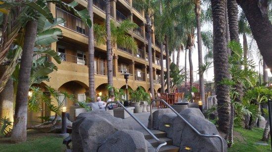Hotel Menage: 20170415_192026_Richtone(HDR)_large.jpg