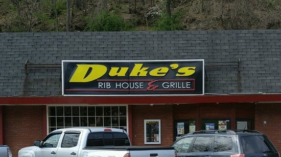 Scott Township, Pennsylvanie : Just look for this sign for the best ribs ever.