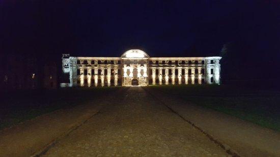 Dargun, Tyskland: Das Kloster bei Nacht. Traumhaft schön