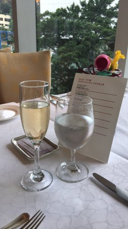 Brasserie on the Eighth at Conrad Hong Kong: photo0.jpg