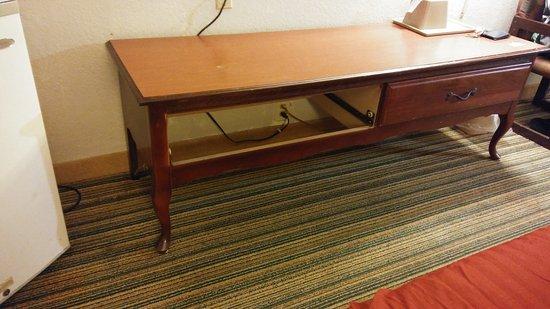Waldorf, MD: Missing drawer