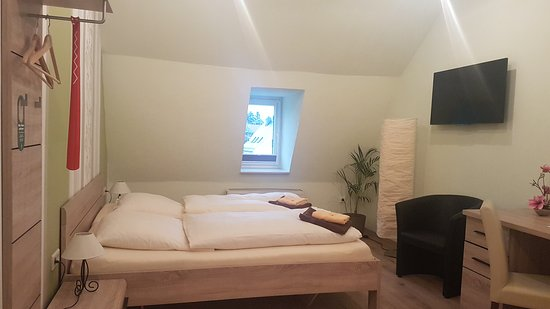 Gasthof & Hotel Roter Hirsch: 20170415_191602_large.jpg
