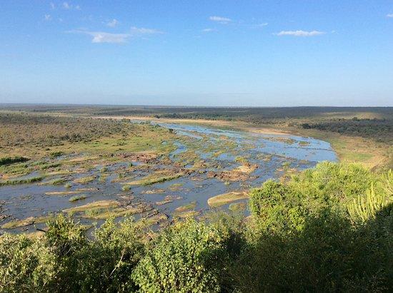 Olifants Rest Camp: Vue de la terrasse panoramique sur la riviere olifant