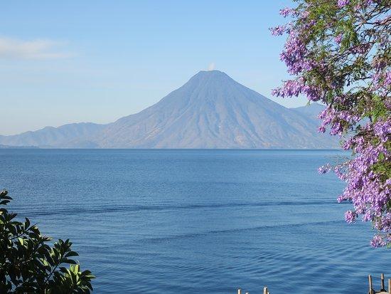 Lake Atitlan, Γουατεμάλα: とても美しい湖です