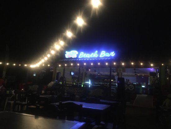Backyard Bar Playa Hermosa