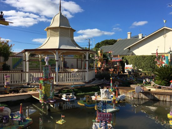 Penola Fantasy Theme Park,Model Railway & Tea Room