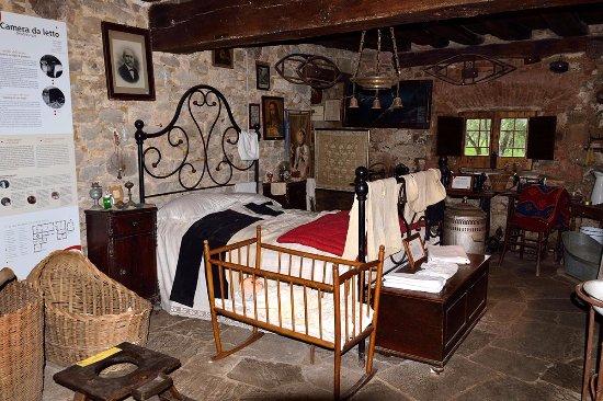 09 Camera da letto - Foto di Casa della Civiltà Contadina di ...