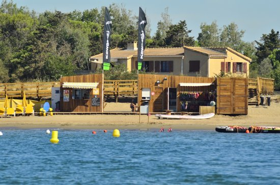 Vias, France : playawatersports base nautique
