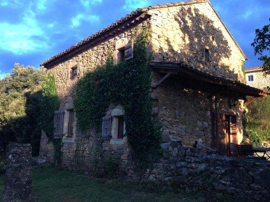 Vagnas, Frankrig: Zu mietendes Haus direkt neben dem Hotel