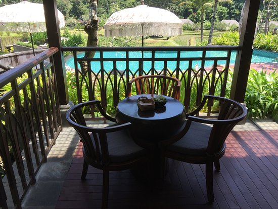 Conveniently located between the pool bar and Sawah Terrace